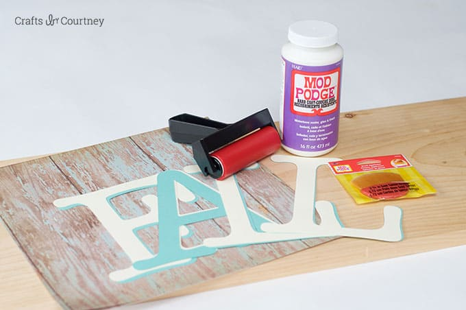 Supplies to make a DIY fall sign