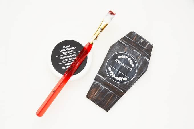 chalkboard-coffin-lid-gift-tags-1