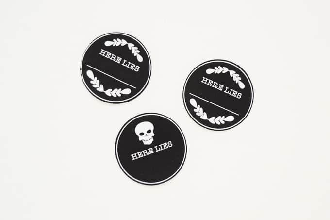 chalkboard-coffin-lid-gift-tags-3
