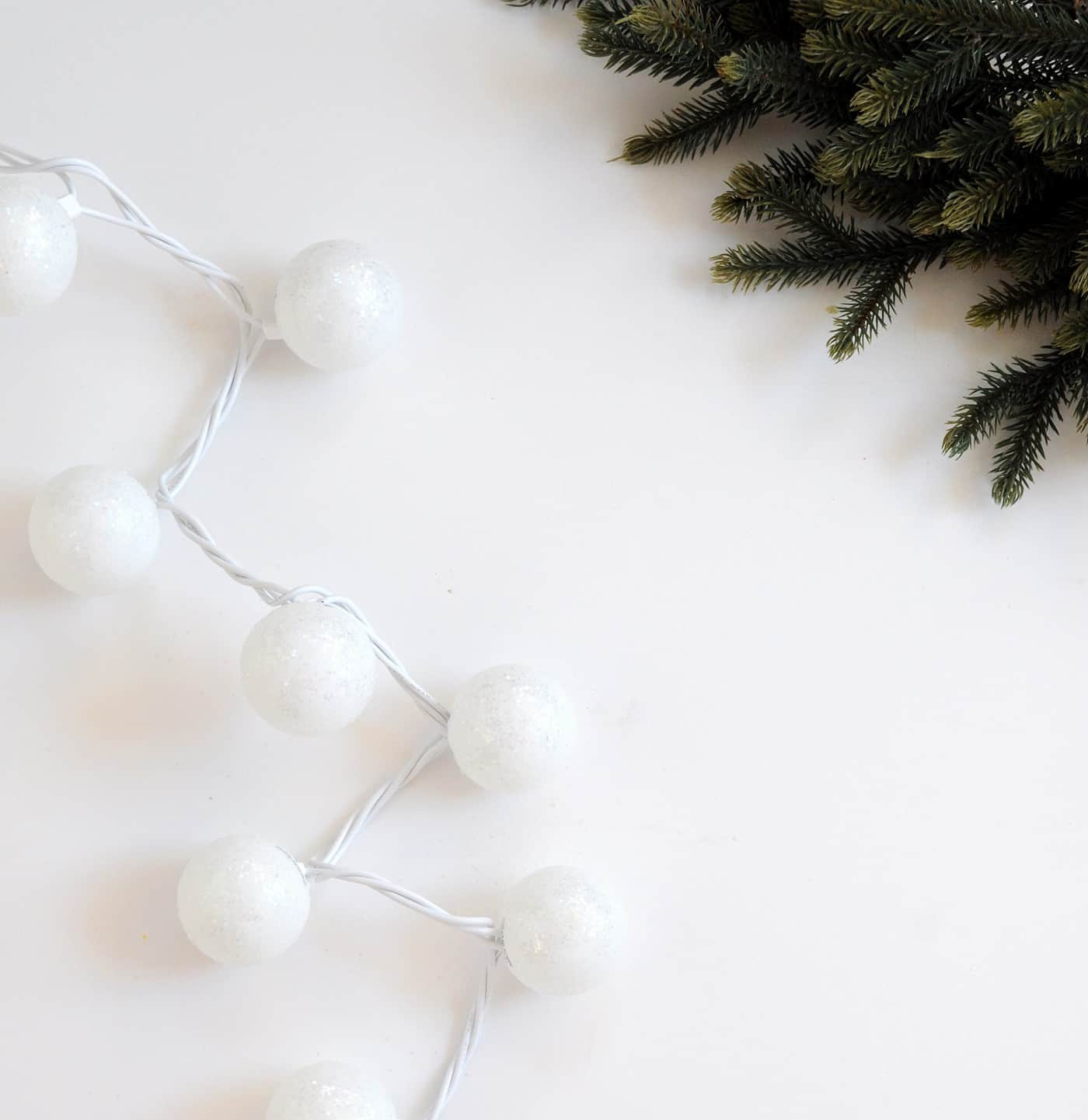 Glittered snowball DIY Christmas lights - Mod Podge Rocks
