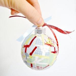 Easy paper scrap DIY Christmas ornaments...