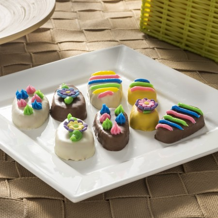 Decorate those delicious peanut butter Hershey's eggs for Easter - this is fun for the whole family!