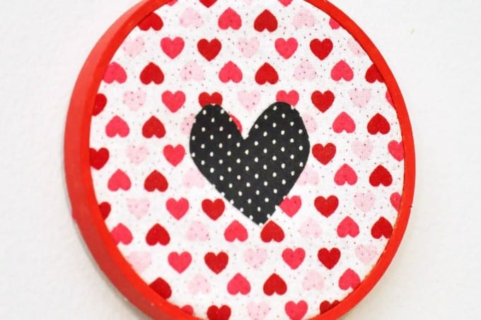 This little mixed fabric hoop valentine decor features a simple heart and is cute enough to stay up all year!