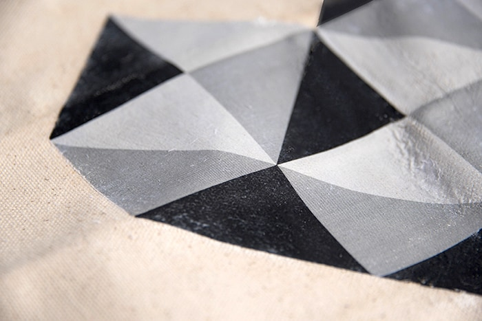 geometricheartpillow08