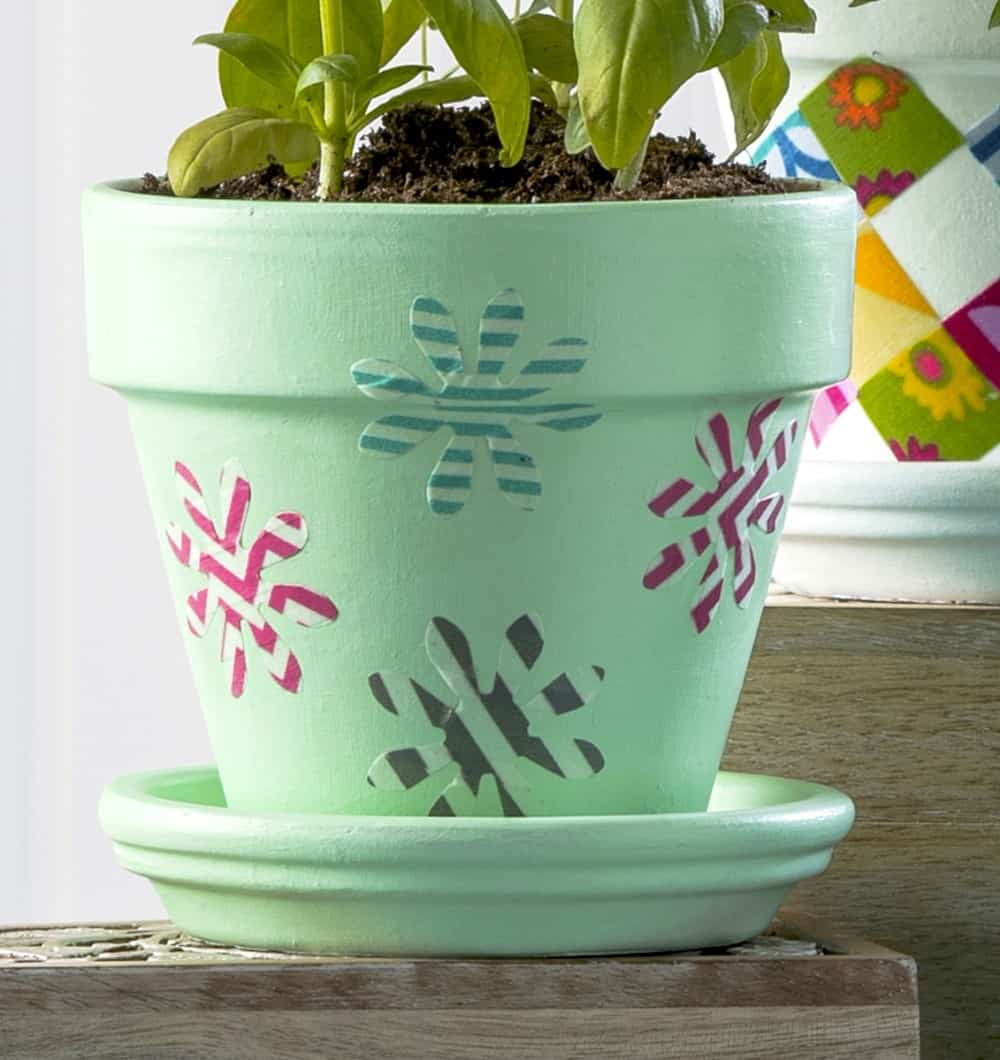 Flower pot decoration with washi tape