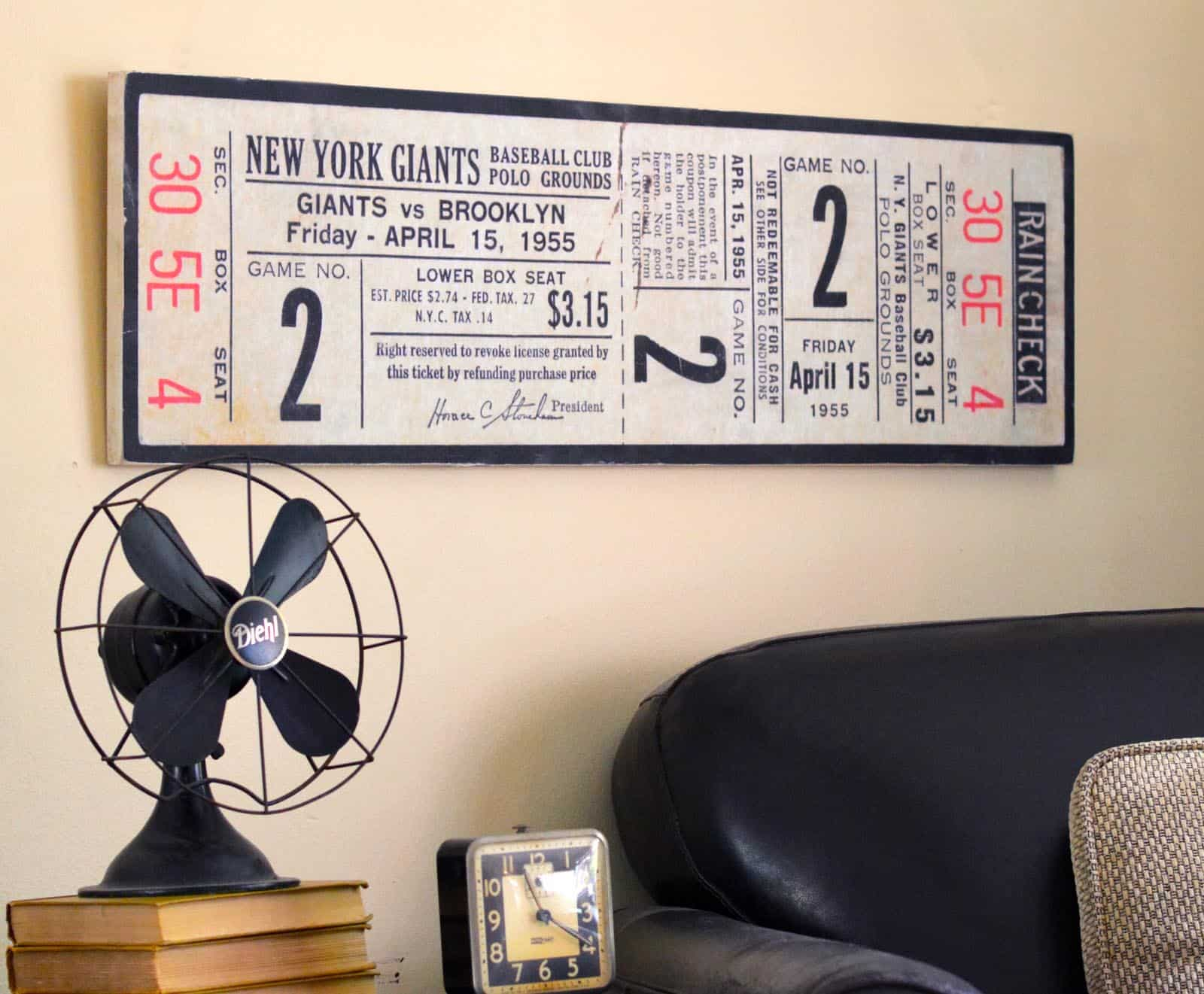 Epic This Father us Day wall decor idea is perfect for the dad who loves baseball Adapt