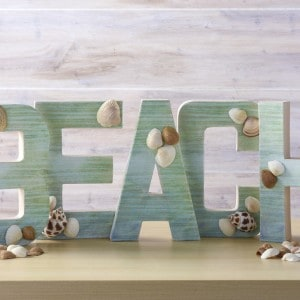 Easy beach craft: DIY letters