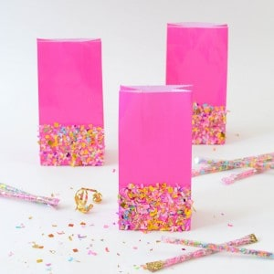 Confetti dipped DIY goodie bags