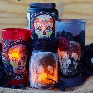Day of the Dead crafts: decorative lumin...