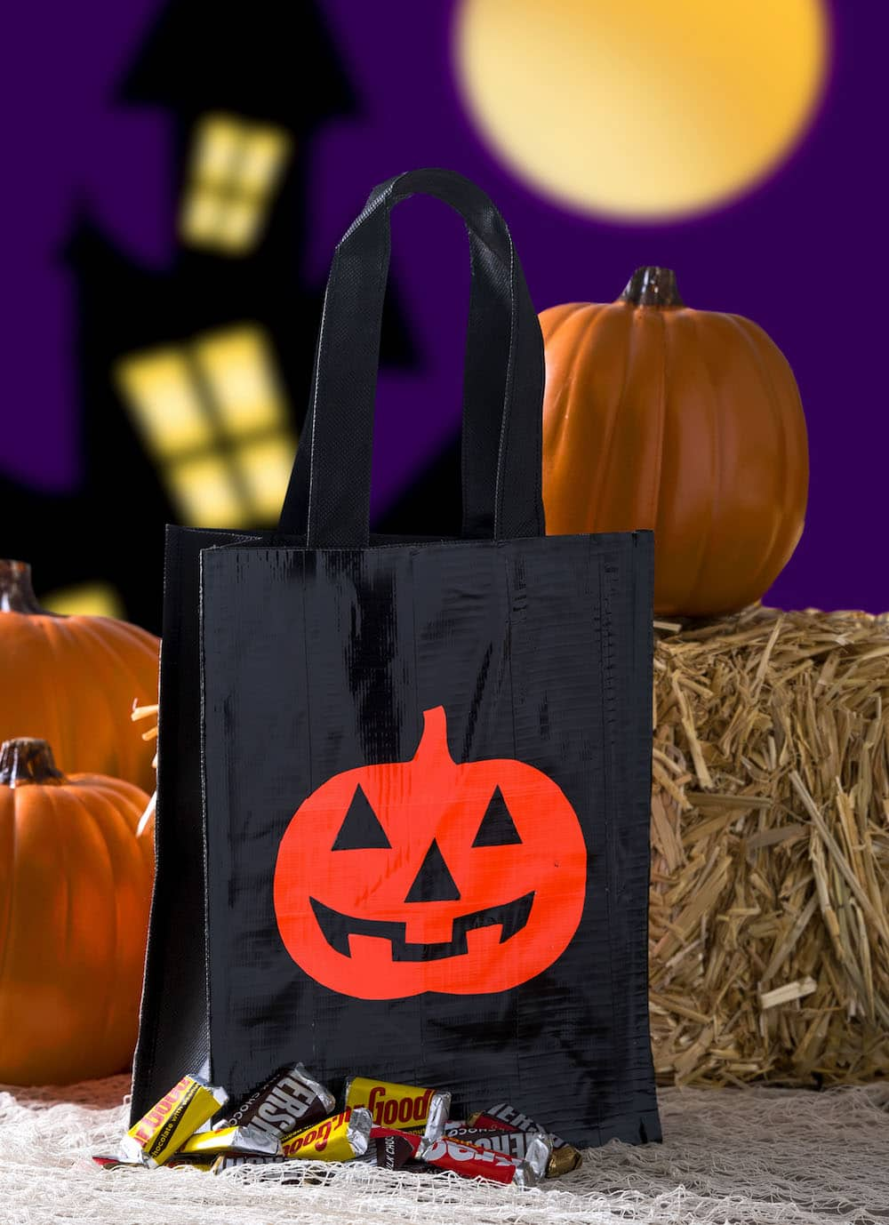 Learn how to make this DIY trick or treat bag - two ways - with Duck Tape! One of the version is glow in the dark! Two free templates included.