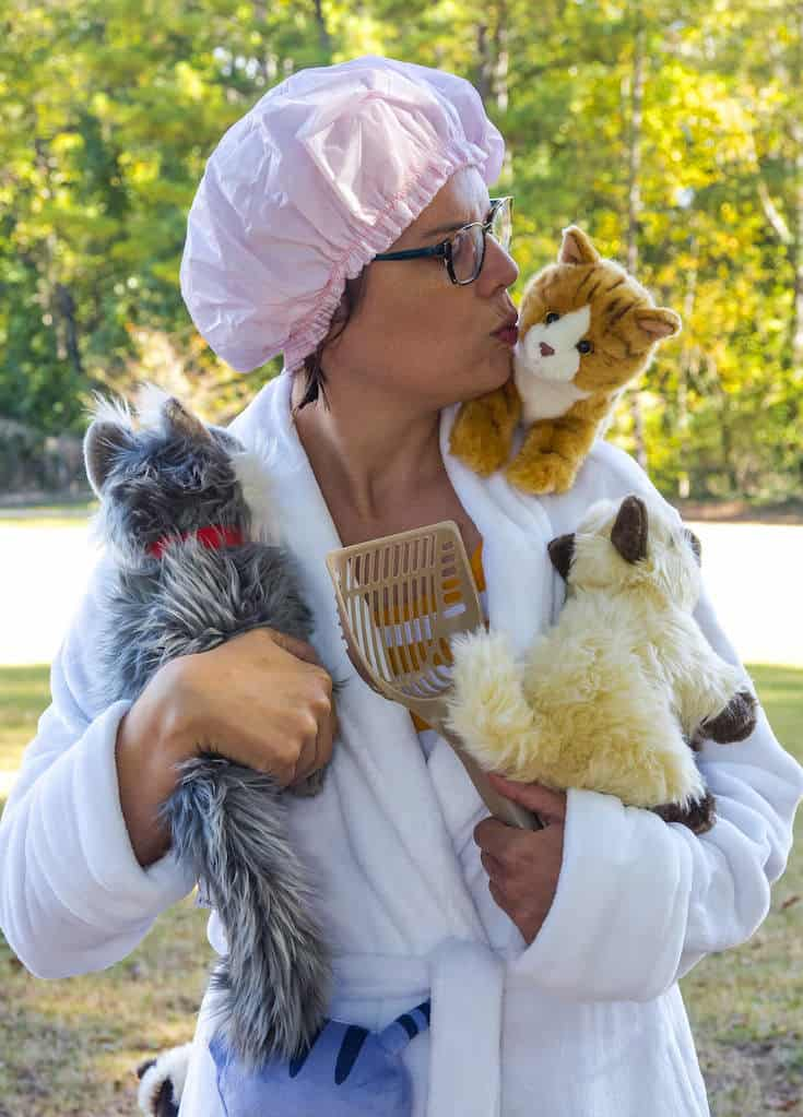 learn how to create a crazy cat lady costume for halloween make your costume complete