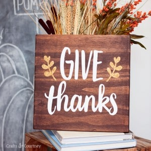 Easy stained Give Thanks sign