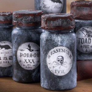 Make Halloween potion bottles – wi...