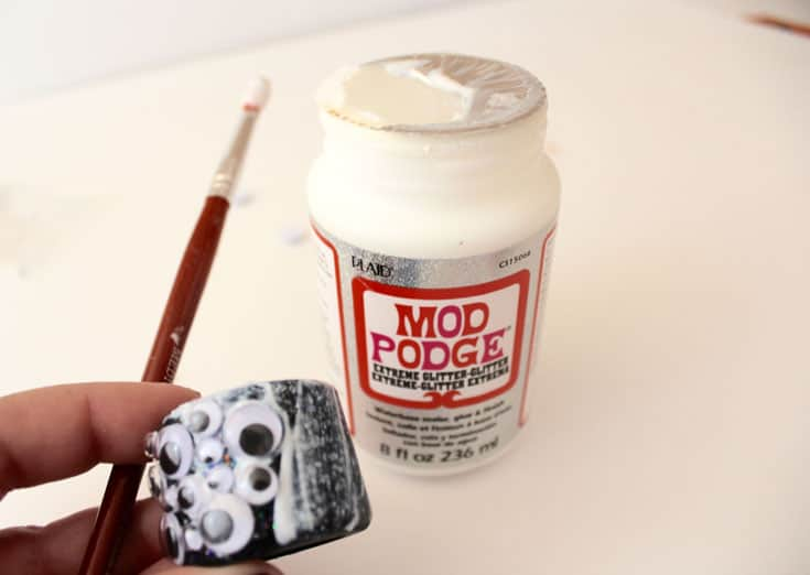 Painting Mod Podge Extreme Glitter