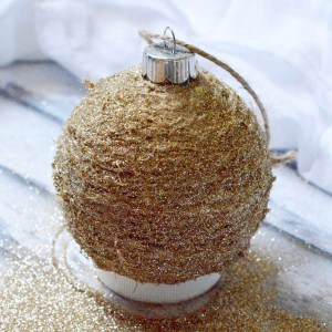 DIY rustic glitter ornament