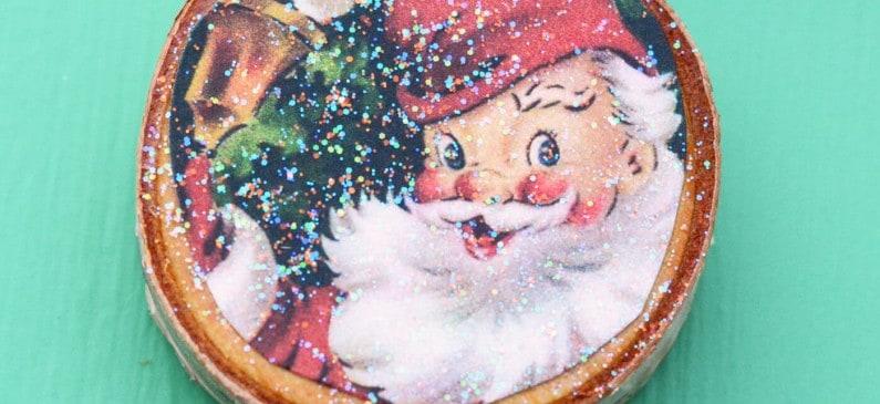 Wood slice vintage Christmas card magnets