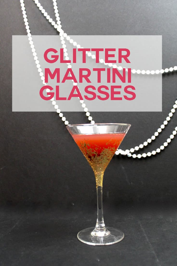 Make glitter glasses for Christmas, New Year's Eve, or any other celebration using Mod Podge Dishwasher Safe and this tutorial!
