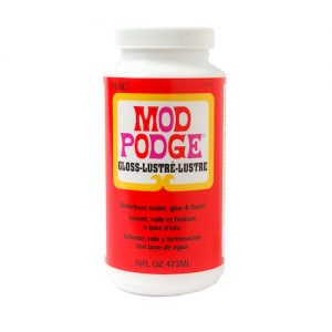 Does Mod Podge dry clear?