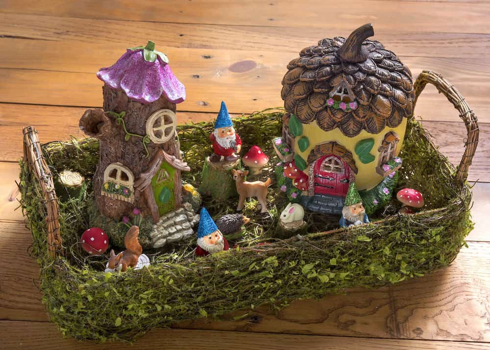 Gnome Garden: Make A Magical Desktop Fairy Garden