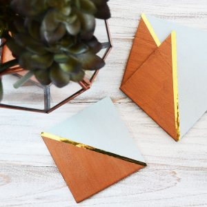 Trendy copper and gold DIY coasters