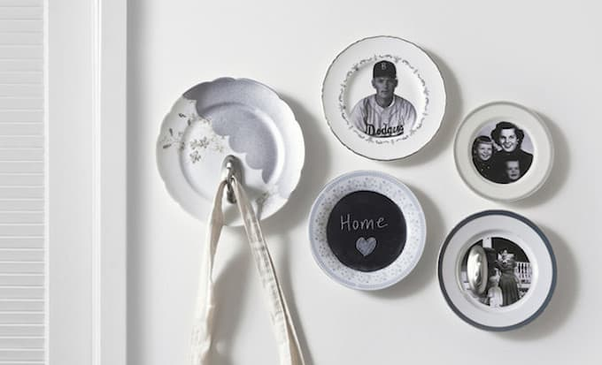 Learn how to create a DIY plate wall display on a budget! In this project I used vintage photos for the perfect Mother's Day gift.