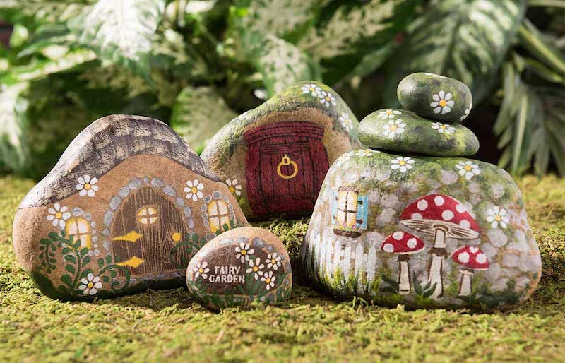 10 painted rocks kindness rocks projects mod podge rocks - Painting rocks for garden what kind of paint ...