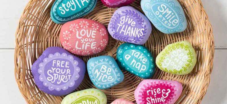 10 painted rocks – Kindness Rocks projects!