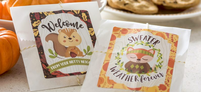 Easy autumn gifts for neighbors (free printables!)