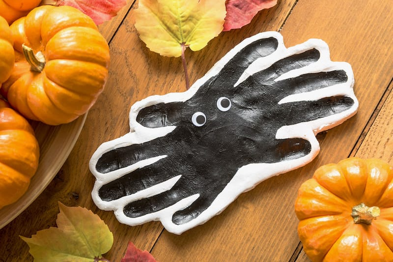 If you're looking for fun and easy Halloween crafts for toddlers, these handprints are perfect! There's a pumpkin, spider, and ghost footprint too.