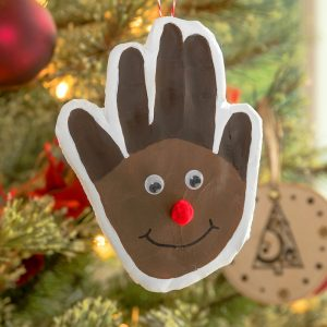 Reindeer Christmas handprint for a child