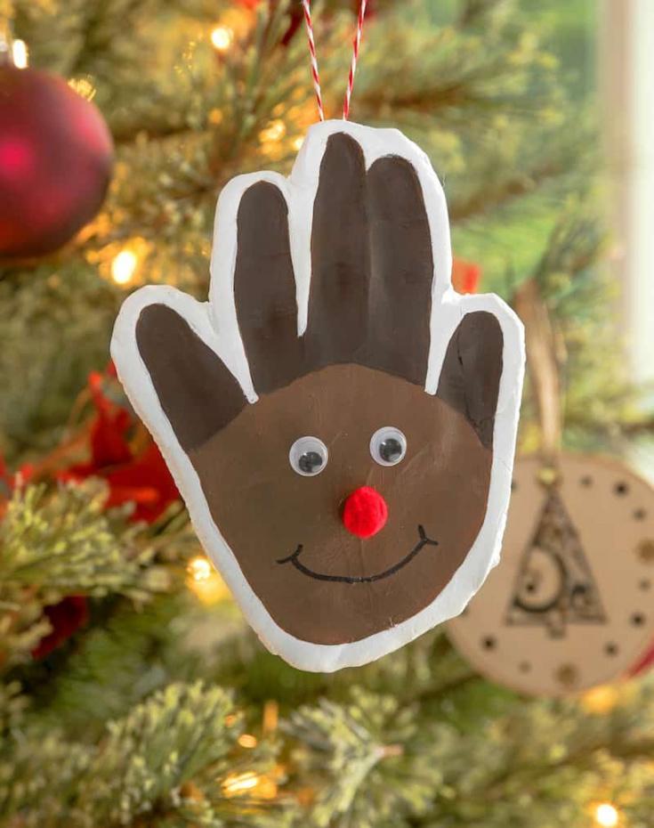 Reindeer Christmas handprint for a child