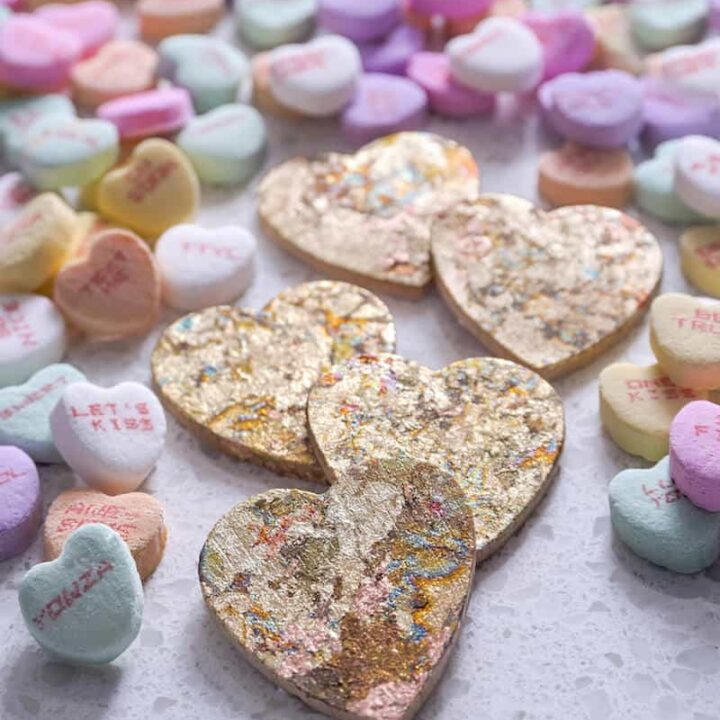 Show your besties how much you love and appreciate them with these gold heart charms for Galentine's Day! They are really easy to make with Mod Podge.