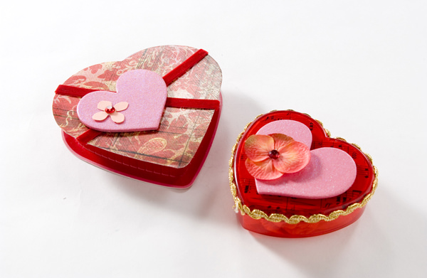 valentine crafts DIY candy boxes