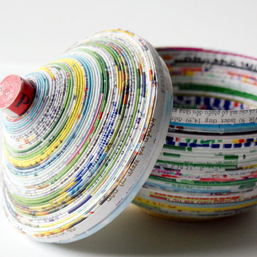 Make a bowl from magazine pages
