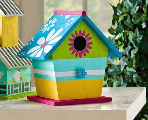 How to stencil a birdhouse