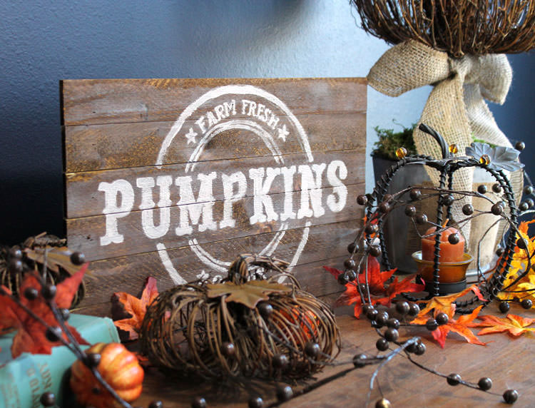 Pallet wood farm fresh pumpkin sign