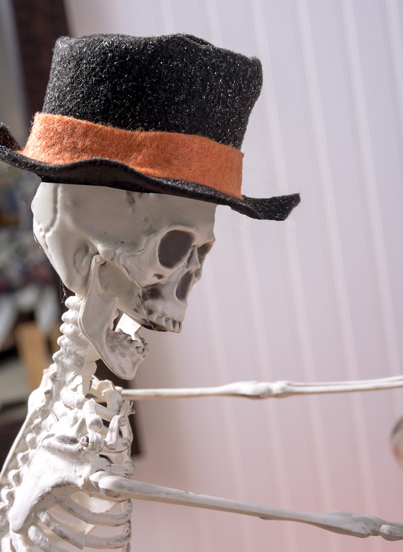 Halloween skull wearing a top hat