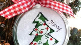 Jar Lid Applique Christmas Ornaments