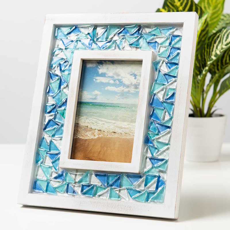 DIY mosaic frame with Mod Podge Ultra