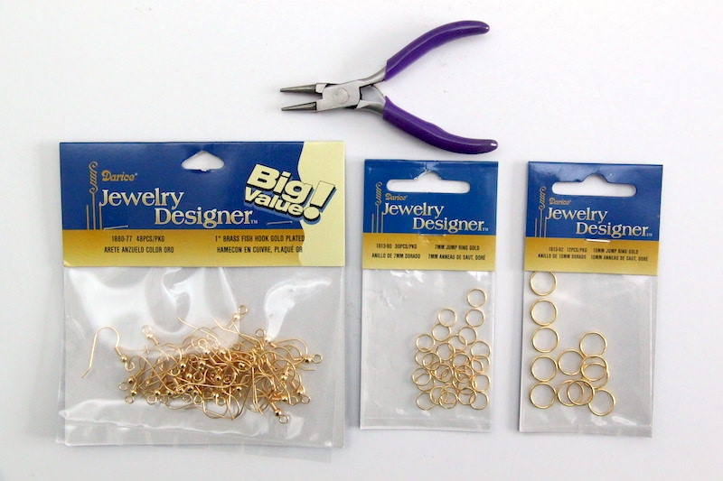 Jewelry findings and jewelry tool