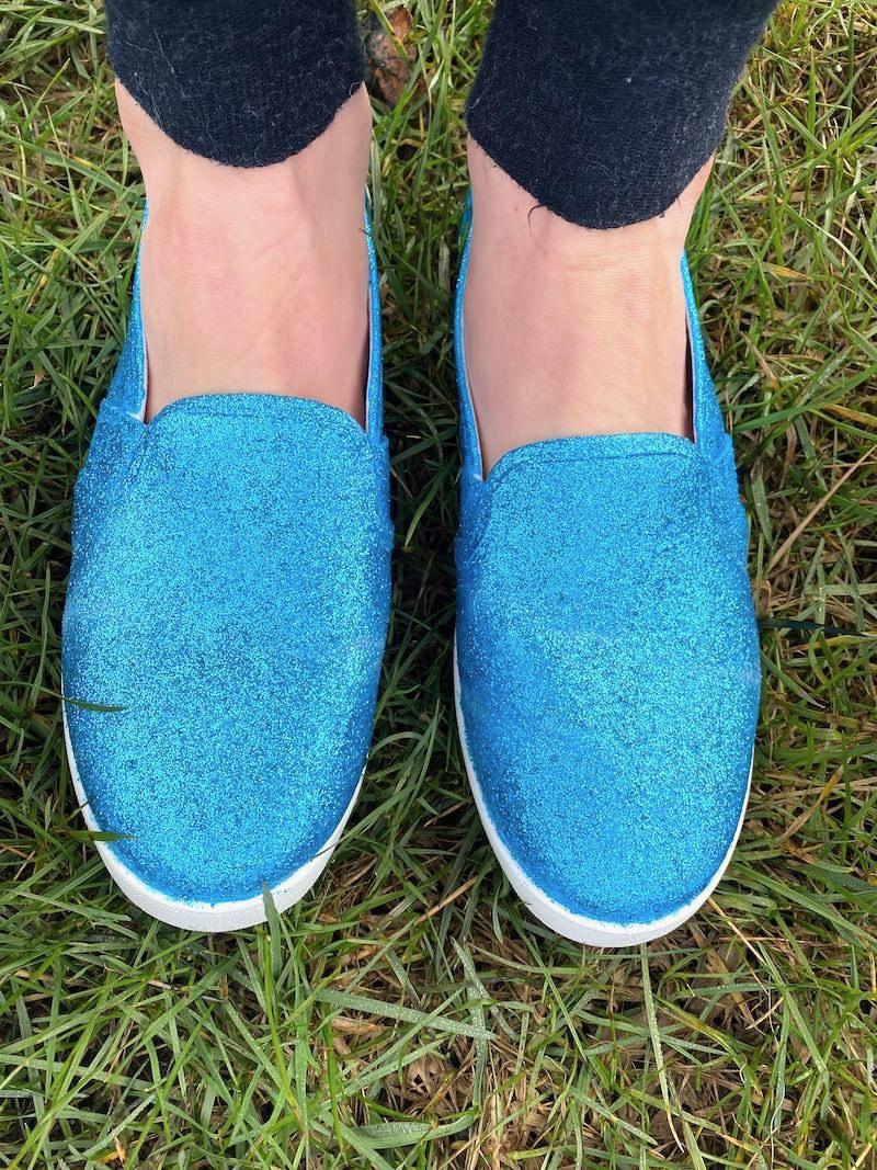 DIY-glitter-shoes-in-a-few-easy-steps