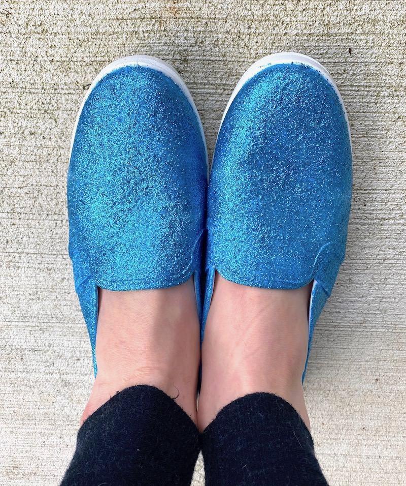 Make-glitter-shoes