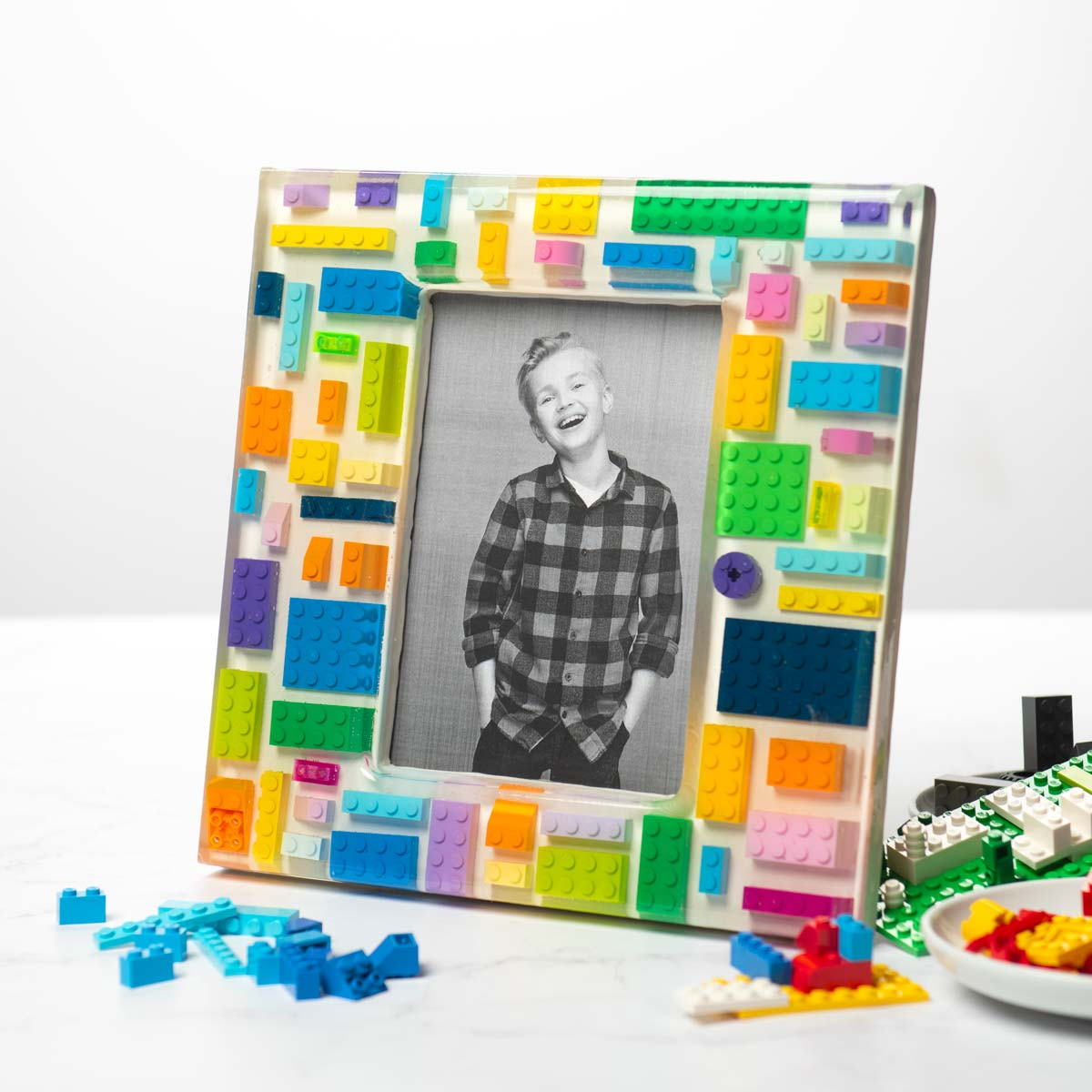 DIY resin frame made with Legos