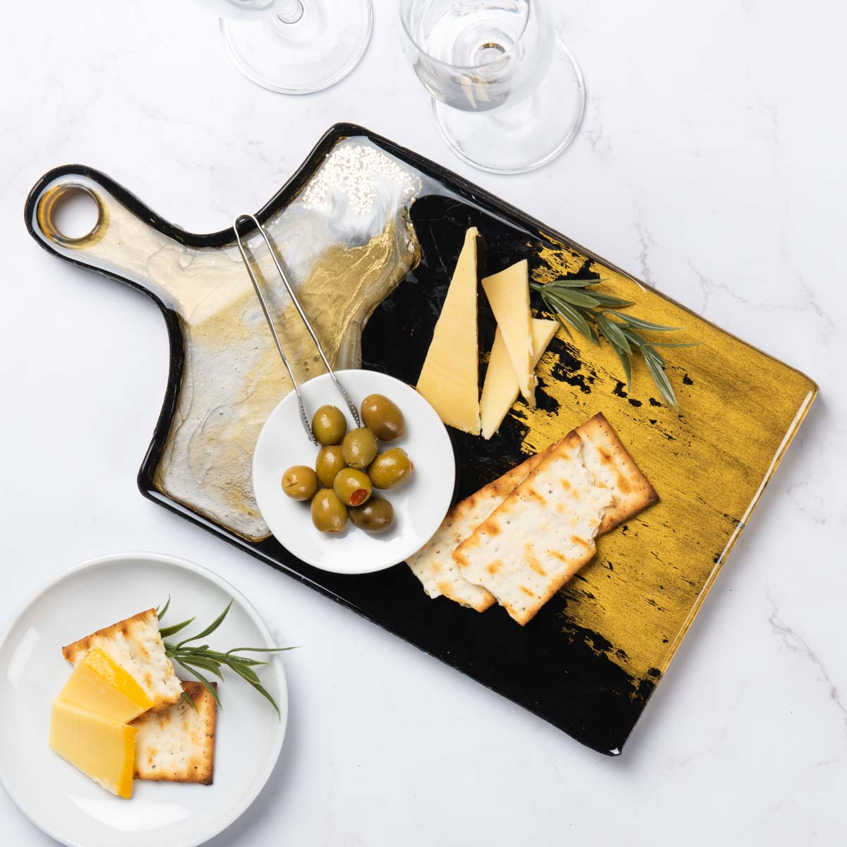 Gold and black cutting board