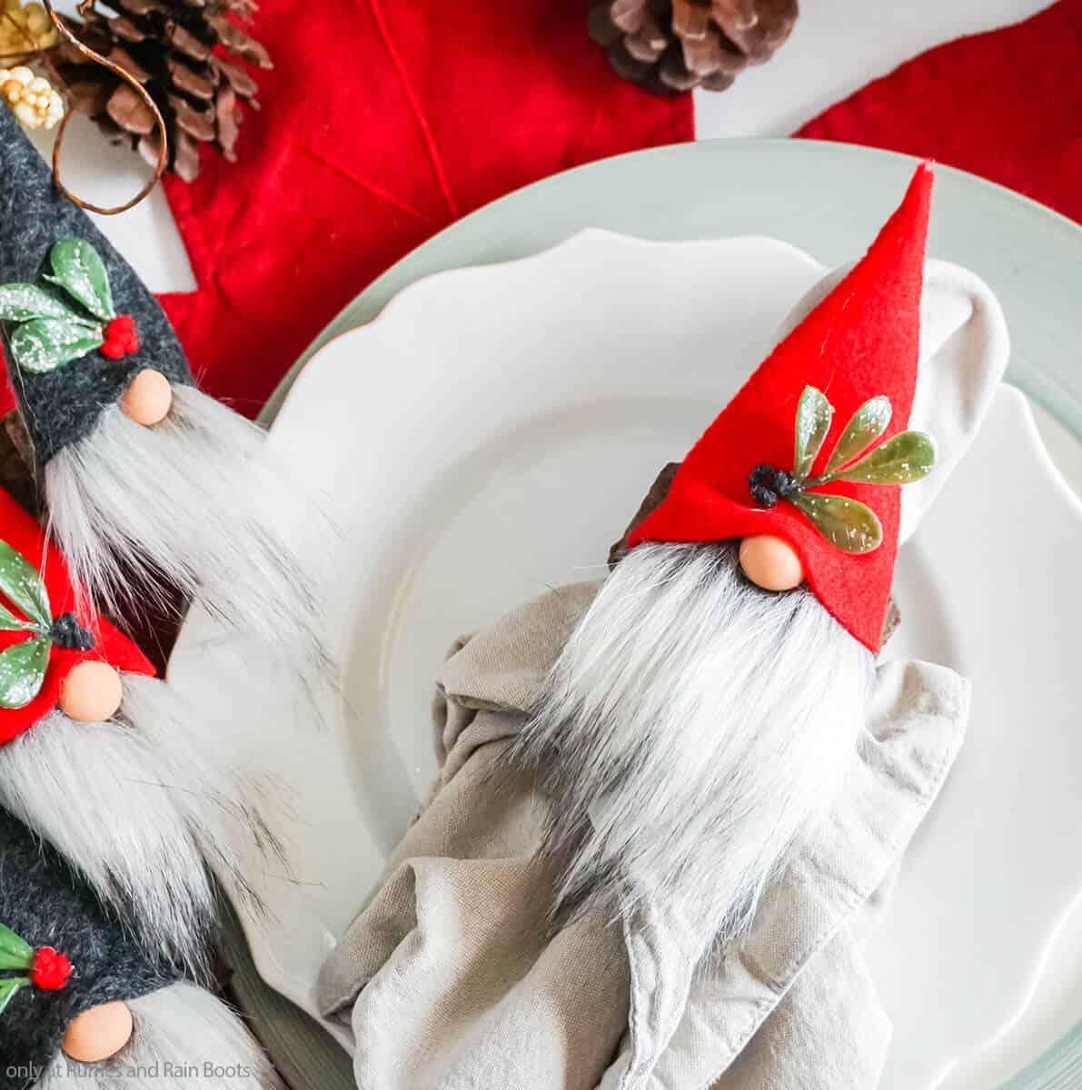 DIY gnome napkin rings
