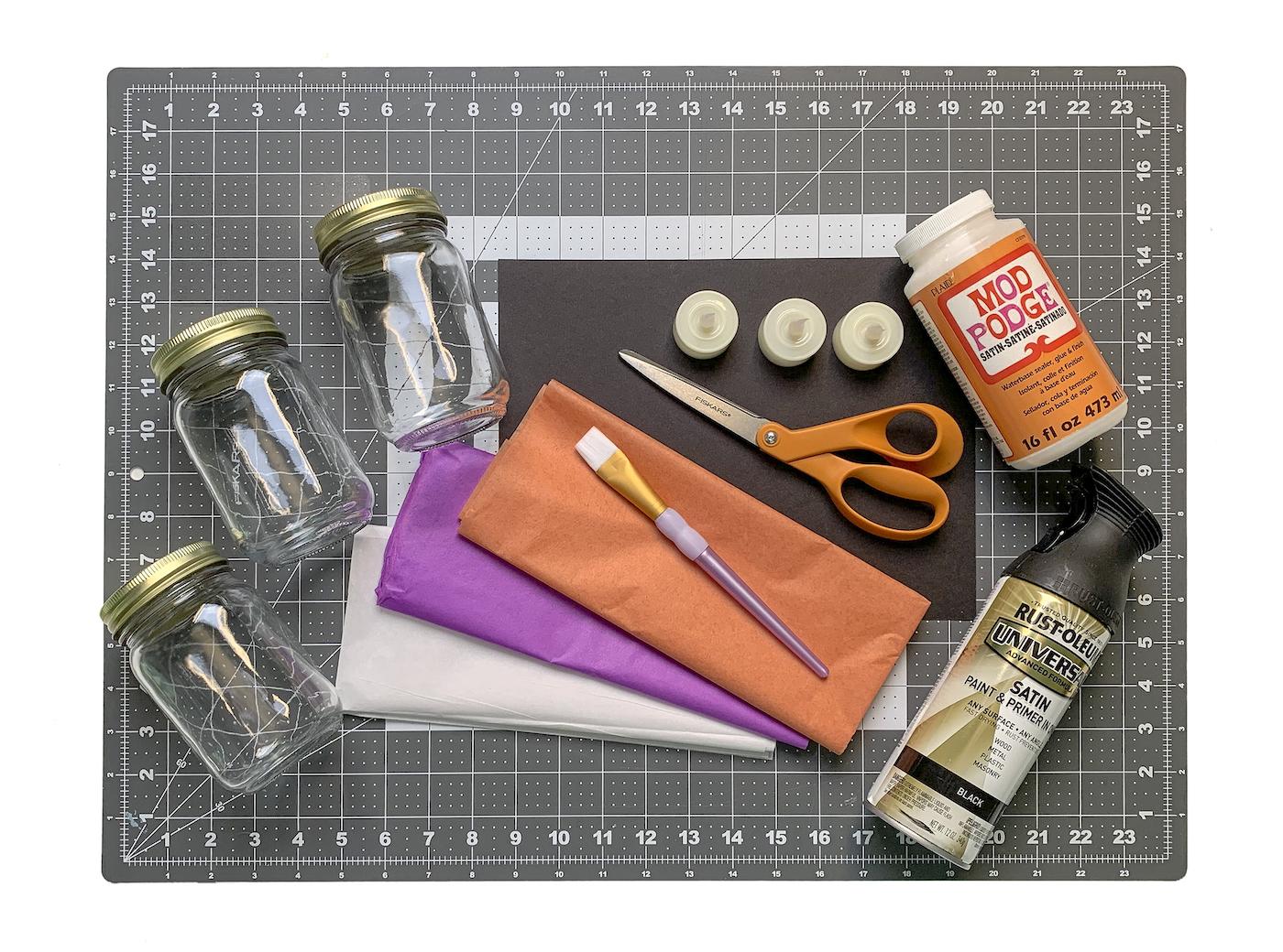 Potes de pedreiro lenço de papel Tesoura Mod Podge LED luzes pincel, papel preto e tinta spray preta