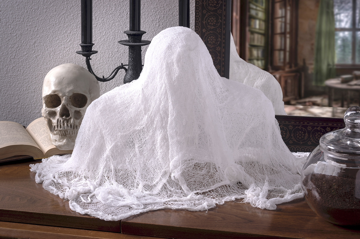 Make cheesecloth ghosts with Mod Podge Stiffy